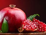 پوستر میوه انار رسیده و شیرین