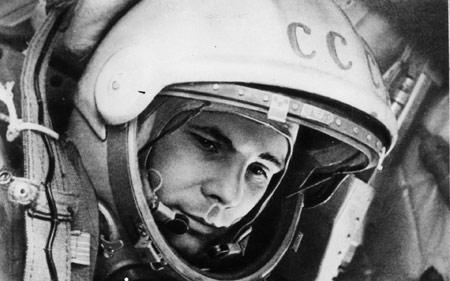 یوری گاگارین اولین فضانورد جهان yuri gagarin