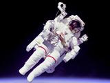 عکس فضانورد در فضا