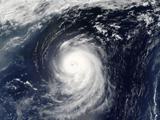عکس ماهواره ای طوفان در اقیانوس