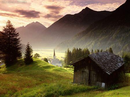 عکس بسیار زیبای طبیعت و کلبه House Mountaines
