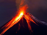 عکس کوه آتشفشانی ولکانو