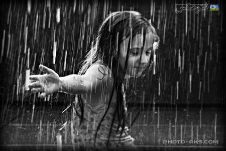 دختری زیر باران girl kid under rain