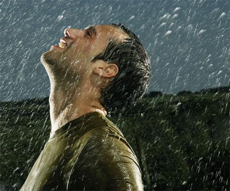 عکس مرد زیر باران mard baron