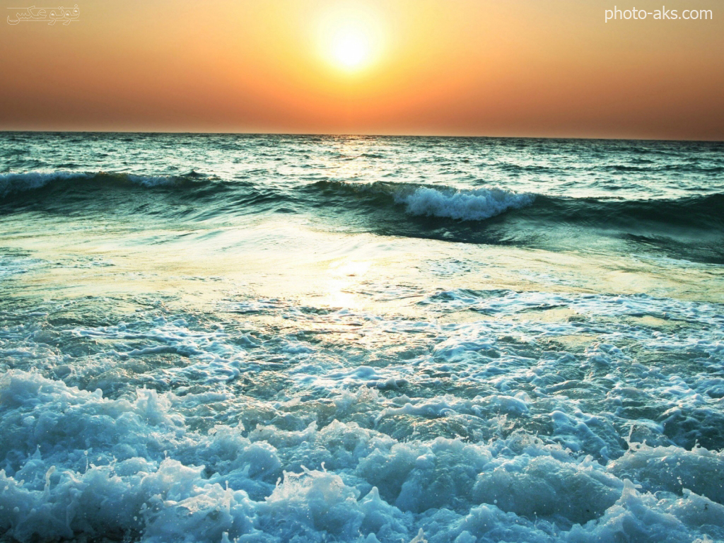 http://pic.photo-aks.com/photo/nature/sea-beach/large/sea-waves.jpg