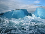 کوه یخی در اقیانوس آنتارکیتکا