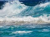 تصویر امواج خروشان دریا