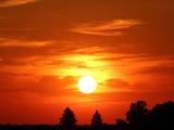 منظره غروب طلایی آفتاب