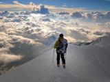 کوهنوردی بر فراز آسمان ها
