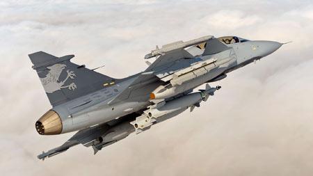 عکس جنگنده ساب گریپن jas 39 gripen aircraft