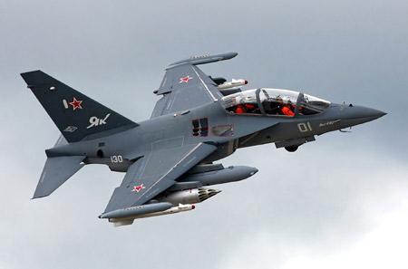 هواپیمای جنگنده آموزشی یاک 130 yak 130 piloty jet