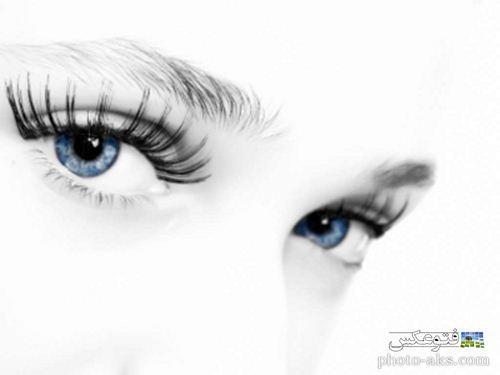 چشمان آبی بسیار زیبای دختر