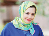 عکس مهراوه شریفی نیا با مانتو آبی