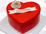 کیک تولد قلب قرمز