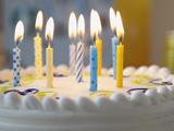 عکس کیک تولد با شمع روشن